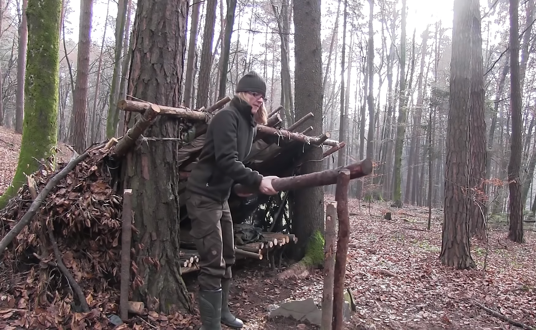 how to build a shelter in the woods