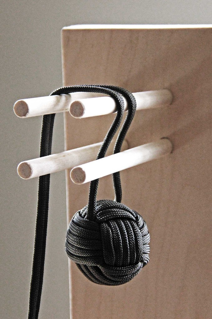 10-paracord-projects-thatll-bail-you-out-when-youre-in-a-bind-trapo-004