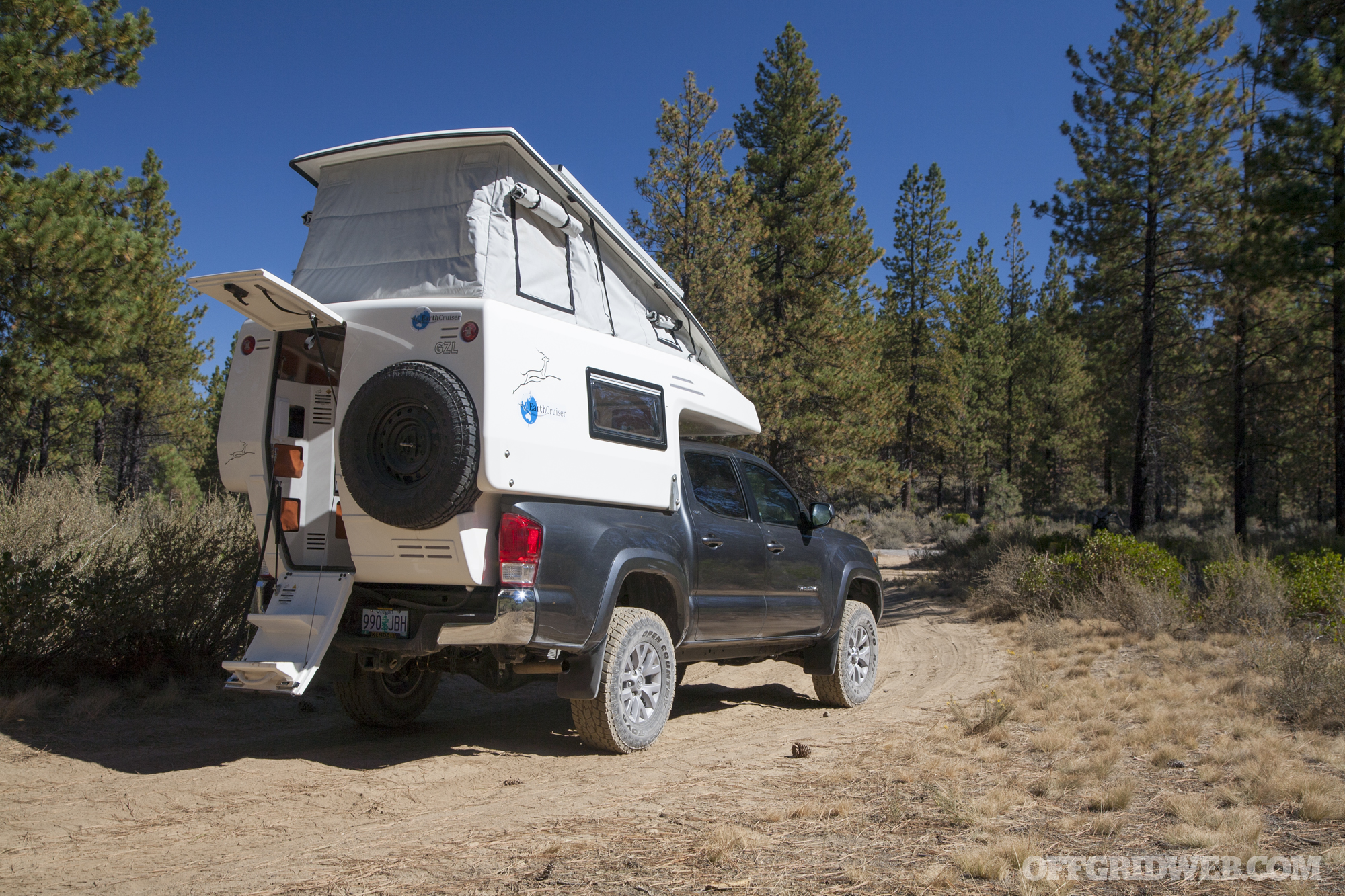 Earthcruiser GZL truck camper RV vehicle 19