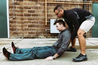 carrying-and-dragging-techniques-2-person-extremity-carry-001